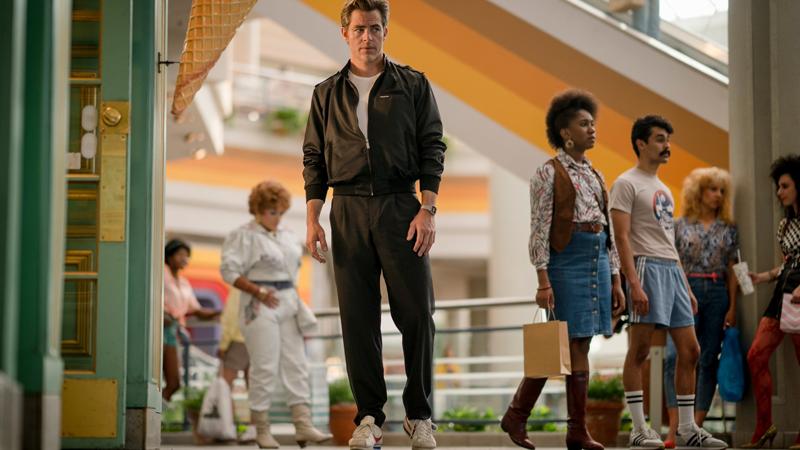 O ator Chris Pine como o personagem Steve Trevor na continuação de Mulher-Maravilha (2017) (Foto: Reprodução)