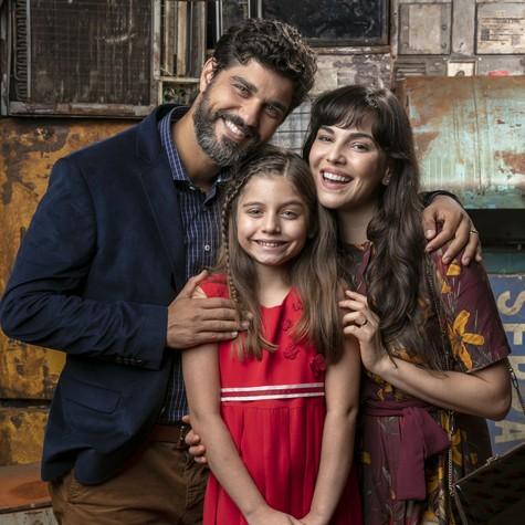 Bruno Cabrerizo, Tainá Müller e Melissa Nóbrega (Foto: Globo/ Sérgio Zalis)