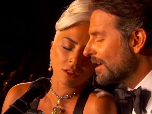 Lady Gaga e Bradley Cooper (Foto: Youtube/Reprodução)