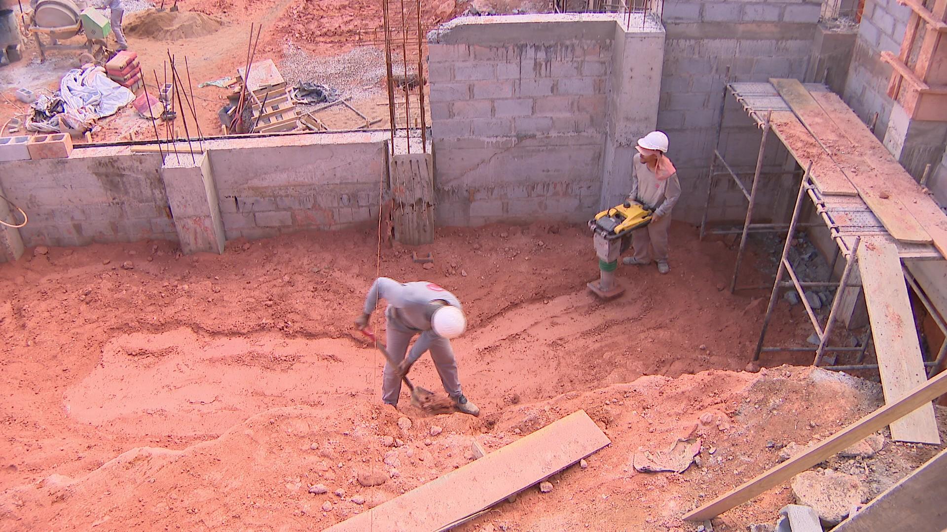 Após duas remarcações, obras de reparo na Avenida Paraná em Divinópolis podem chegar ao fim - Noticias