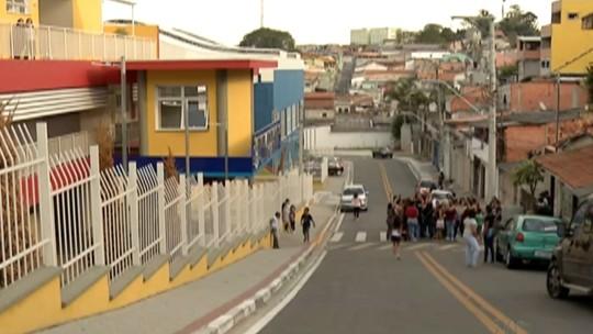 Pais de alunos reclamam de falta de segurança em escola municipal de Poá