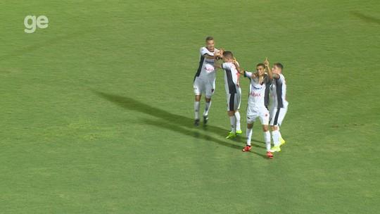 """Após Fast sofrer goleada, autor do gol de honra detona: """"Nosso time tecnicamente está horrível"""""""