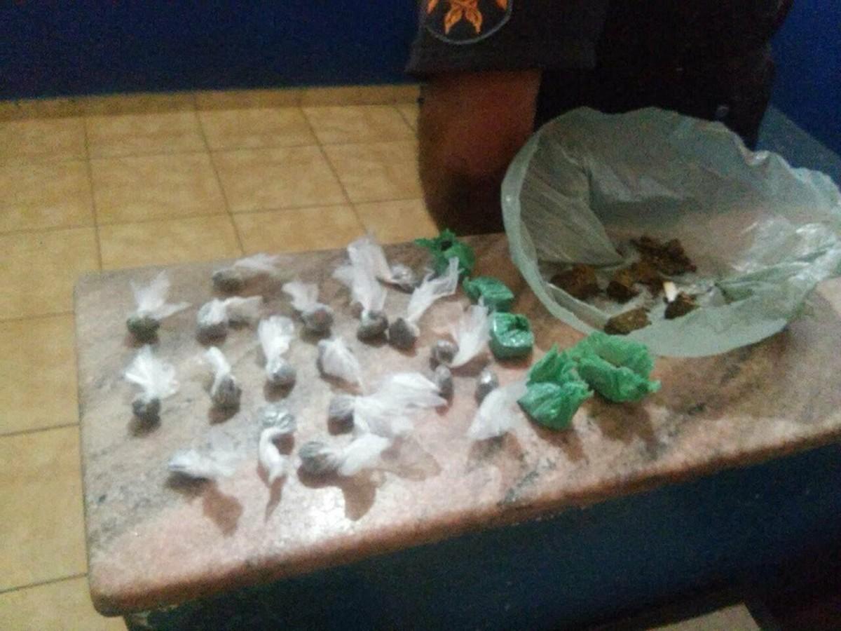 Casal é detido com drogas em Porciúncula, no RJ