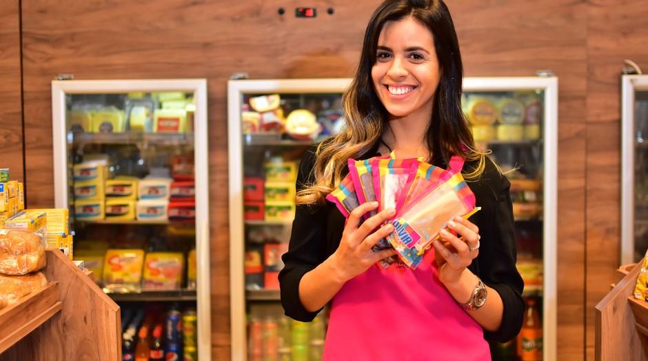 Empresária lembra que começou com menos de mil paletas por semana e hoje já entrega cerca de seis mil (Foto: Reprodução/Agência Sebrae-SP)