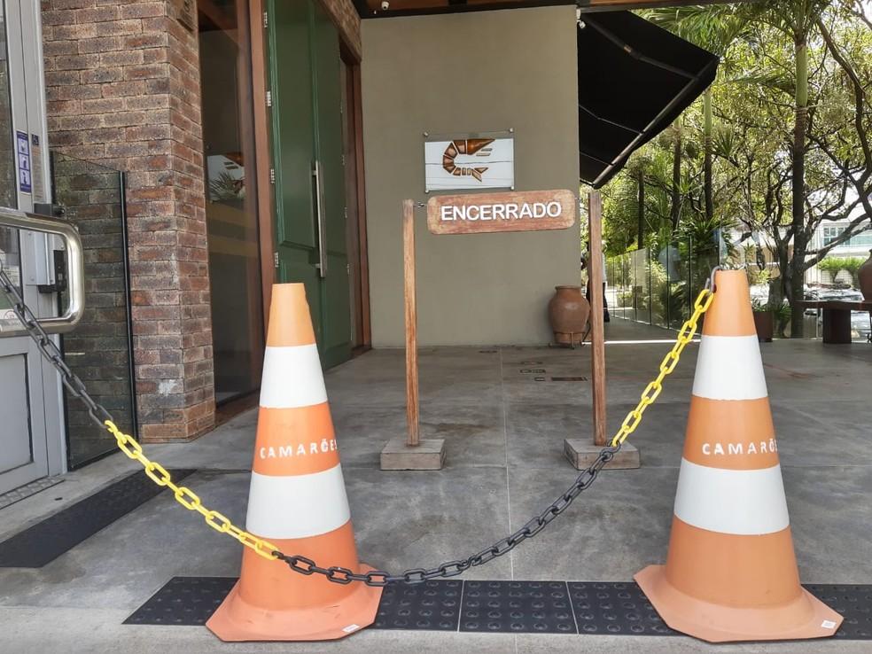 Restaurante Camarões abre apenas para delivery neste domingo (6) — Foto: Lucas Cortez