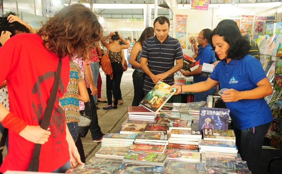 Feiras de livros são alternativa para comprar obras com preços mais baratos. — Foto: Divulgação/ Prefeitura de São Luís