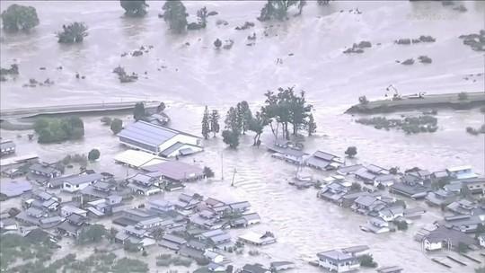 Passagem de um tufão mata pelo menos 30 pessoas no Japão