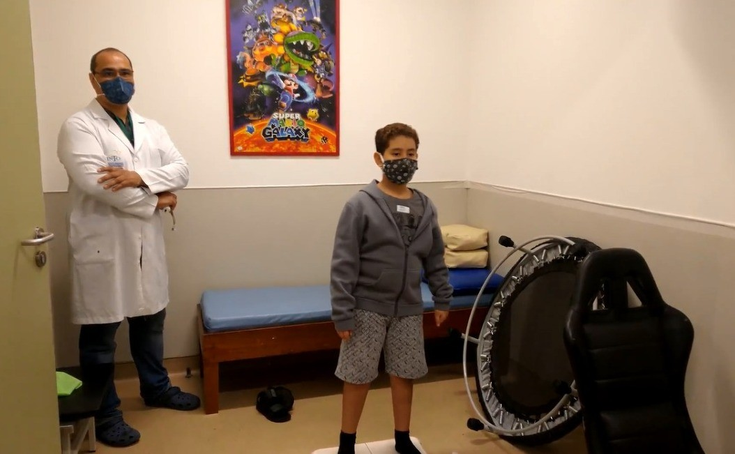 Into usa videogames para ajudar no tratamento fisioterapêutico de pacientes