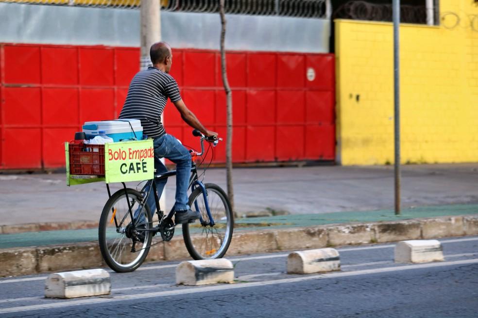Mais de 90% dos ciclistas registrados em pesquisa na capital mineira são homens — Foto: Bruna Caldeira/BH em Ciclo