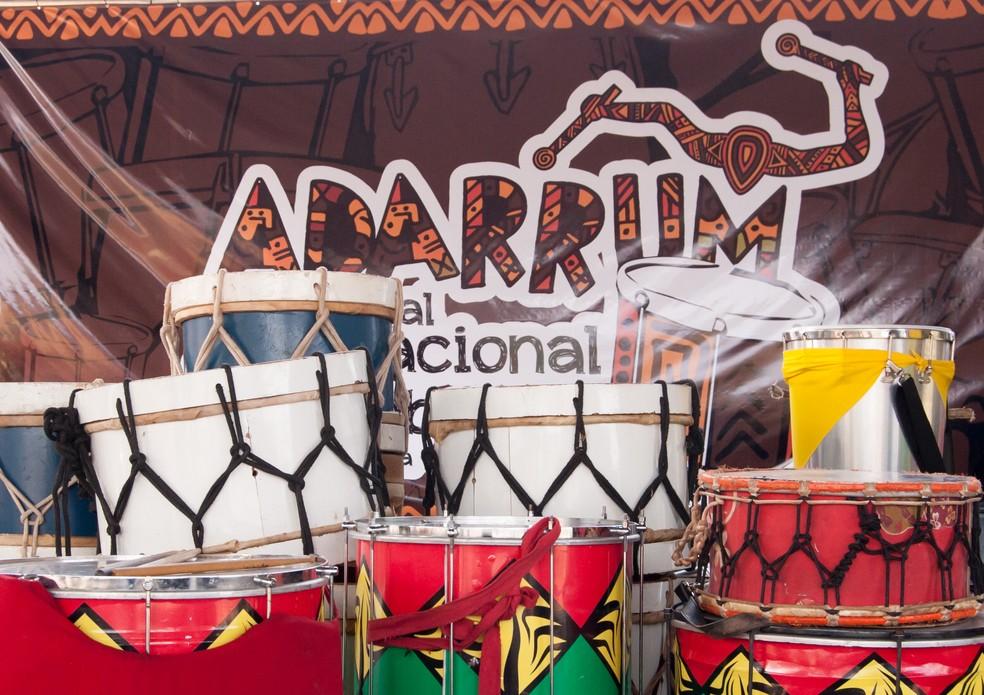Tambores da 1ª edição do Festival Adarrum — Foto: Luciano Freire