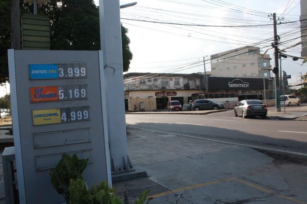 Valor do combustível sobe em postos de Manaus, após aumento nas refinarias — Foto: Ive Rylo/ G1 AM