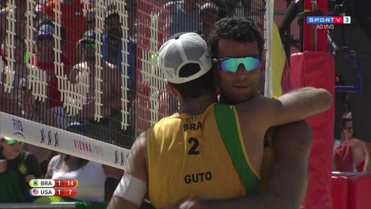 Alison/Bruno e Pedro/Guto fecham com 100% a fase de grupos do Mundial