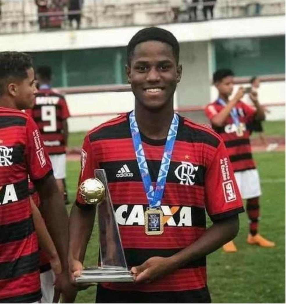 Samuel Thomas foi uma das vítimas do incêndio no CT do Flamengo — Foto: Reprodução