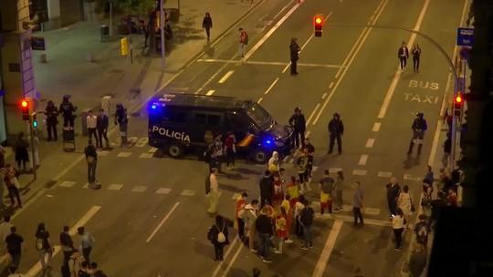 Manifestantes organizam novos protestos em Barcelona