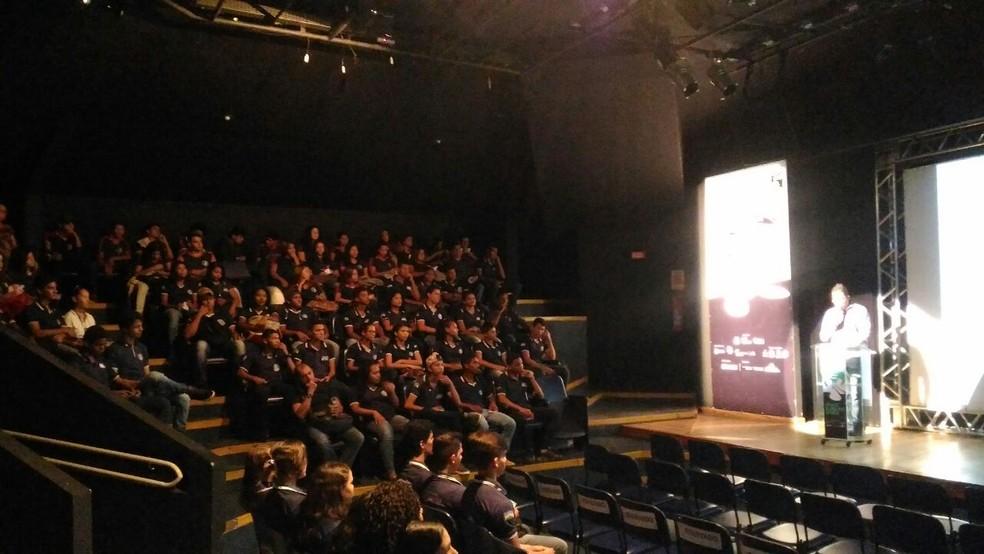 Mais de 200 pessoas prestigiaram a mostra competitiva do Cine Amazônia na tarde desta quarta-feira, 18 (Foto: Assessoria/CineAmazônia)