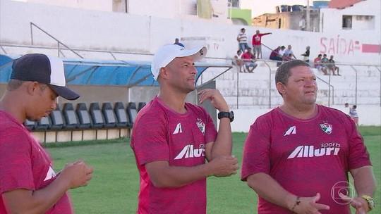 Tamandaré muda de função no Salgueiro e revela arrependimento no Corinthians