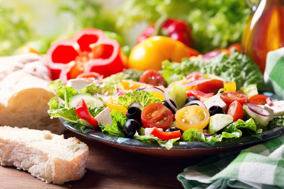 A diminuição das calorias e a baixa de gordura  afetam células do cérebro positivamente, sugere pesquisa  (Foto: Ilustração)