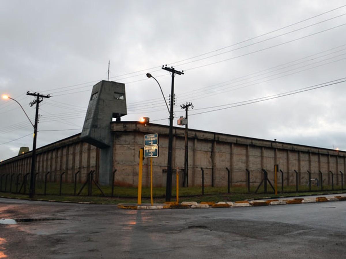 Bomba de poço queima e 474 presos são transferidos da penitenciária de Araraquara, diz SAP