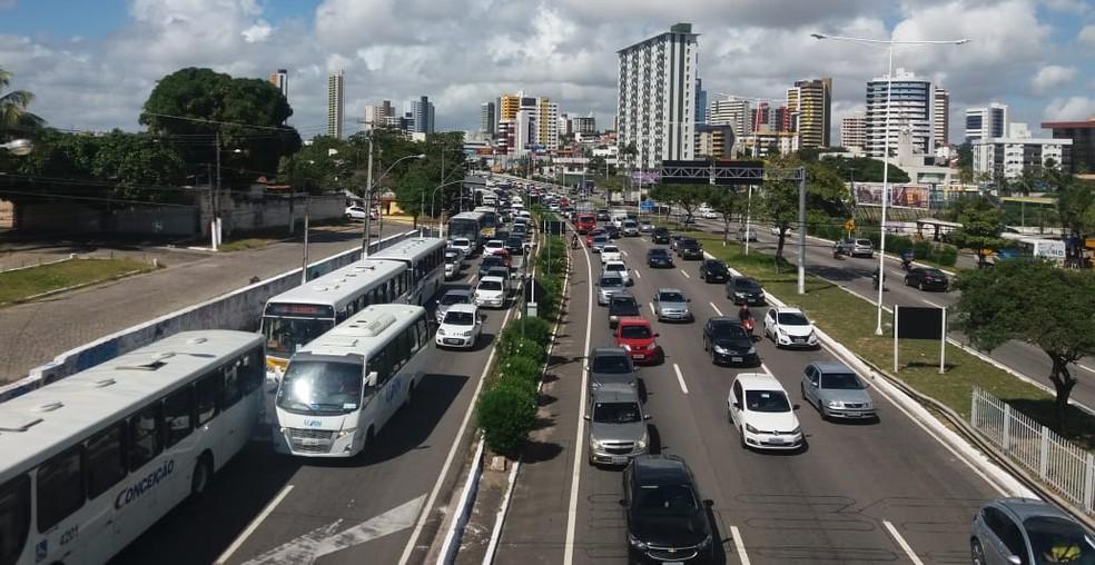 Trânsito na BR-101, em Natal. (Arquivo) — Foto: Norton Rafael/Inter TV Cabugi