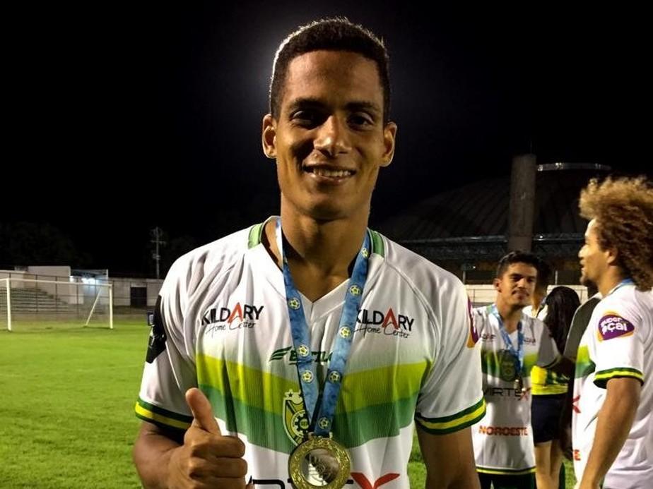 Picos reforça time líder do estadual e anuncia Marcondes e volta de Hugo Freitas ao ataque