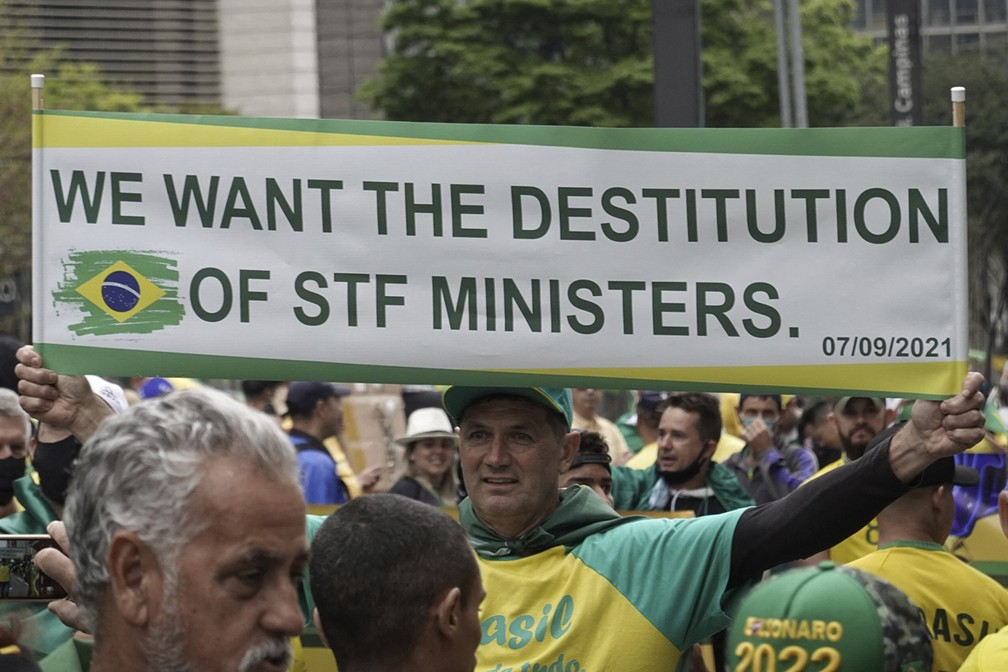 Apoiadores do presidente Jair Bolsonaro participam de ato na manhã desta terça-feira (7) em São Paulo  — Foto: Paulo Lopes/AFP