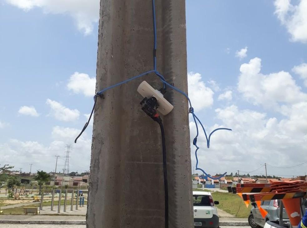 Além de crime, gatos de energia podem causar acidentes graves, segundo a Cosern — Foto: Cosern/Divulgação
