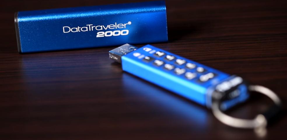 DataTraveler 2000 tem opções de 4 GB a 64 GB com rápida velocidade de leitura e gravação (Foto: Divulgação/Kingston)