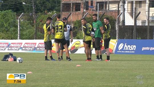 Botafogo-PB tem dia de cobrança da diretoria com parte do elenco