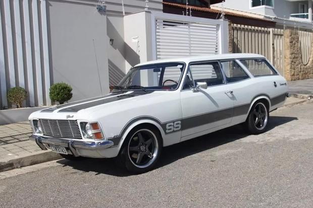 Chevrolet Caravan 77 tem motor 4.1 e está à venda por R$ 30 mil (Foto: Reprodução)