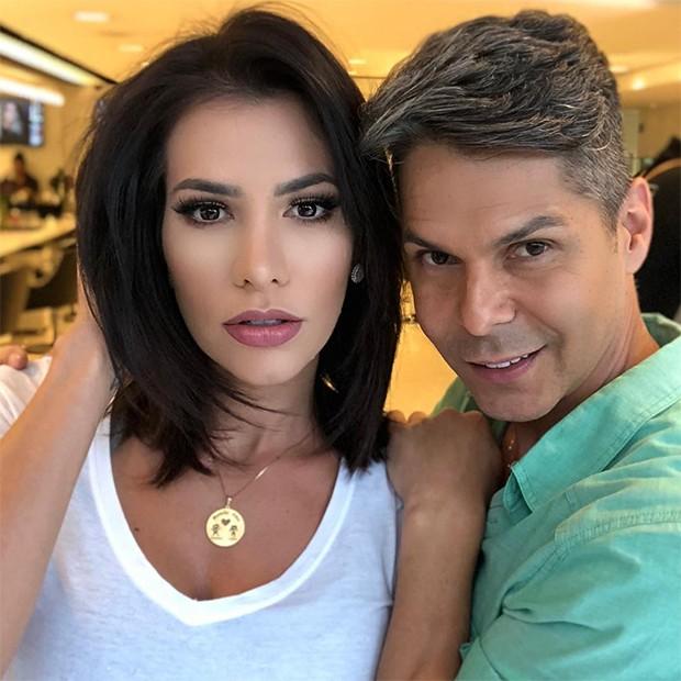 Adriana SantAnna é comparada a Bella Falconi com novo corte (Foto: Reprodução/Instagram)