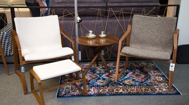 Cadeiras produzidas pela MóveisDelucci, da empreendedora Cintia Ceriotti  (Foto: Divulgação)