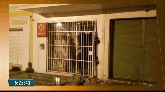 Grupo explode caixa eletrônico de agência bancária no Cariri da PB