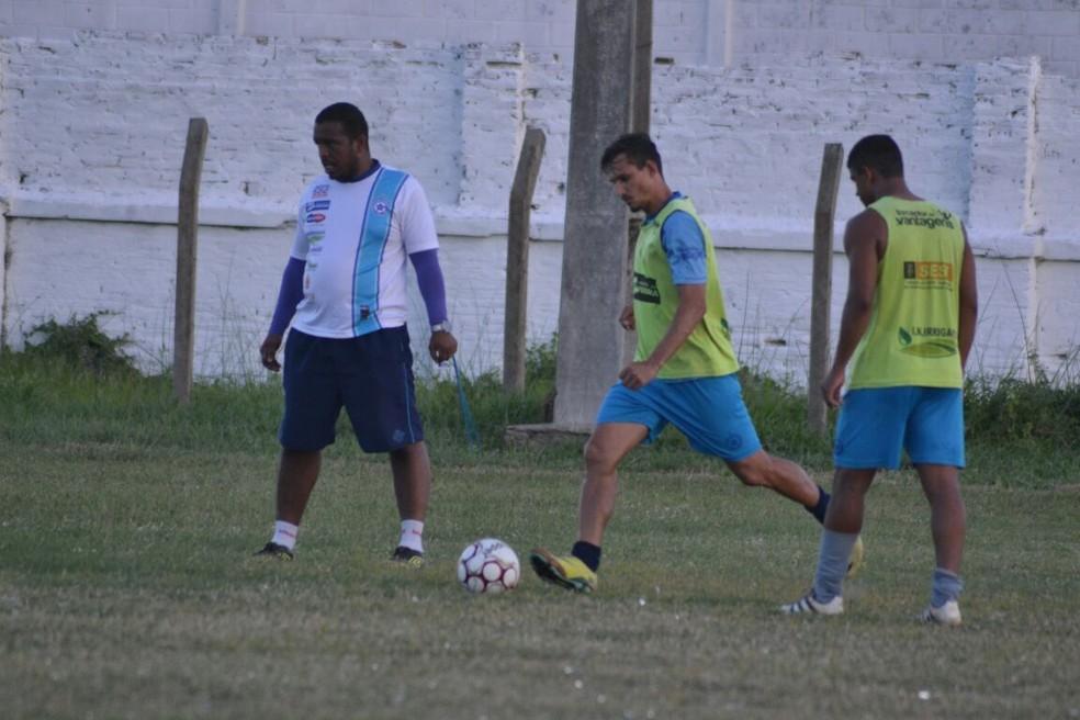 Treino do Parnahyba antes de enfrentar o Globo-RN (Foto: Didupaparazzo)