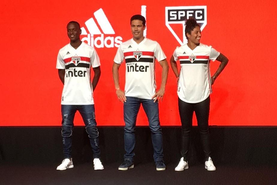 adf9d75d7e ... São Paulo lança nova camisa para 2019 com Helinho