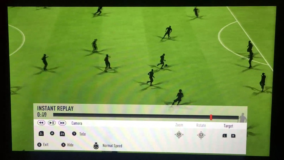 Bugs bizarros são encontrados em 'Fifa 18' para Switch (Foto: Reprodução/reddit/boldverine)