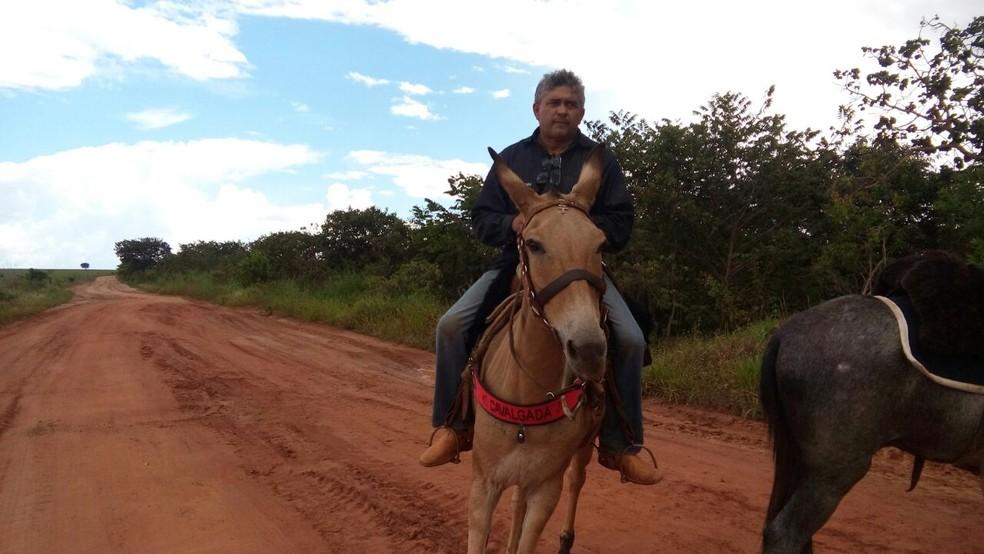O supervisor de obras Josemar de Oliveira, 50 anos, saiu de Brasília no dia 17 de março (Foto: Beatriz Fernandes/Arquivo Pessoal)