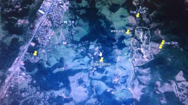 Imagem de satélite mostra distância do observatório até a casa do Allan, que pretende construir pousada na região (Foto: REPRODUÇÃO/BBC)