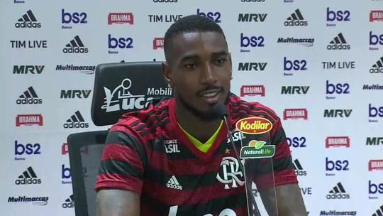 """Marí se espanta com estrutura do Flamengo, e Gerson lembra choro com Cabañas: """"Quero mudar isso"""""""