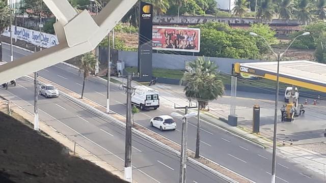 Ambulância chegando