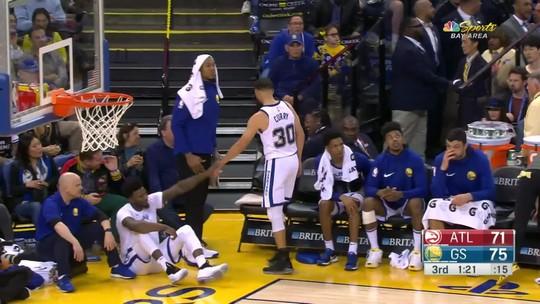 Curry volta, mas sofre nova lesão na vitória dos Warriors sobre os Hawks