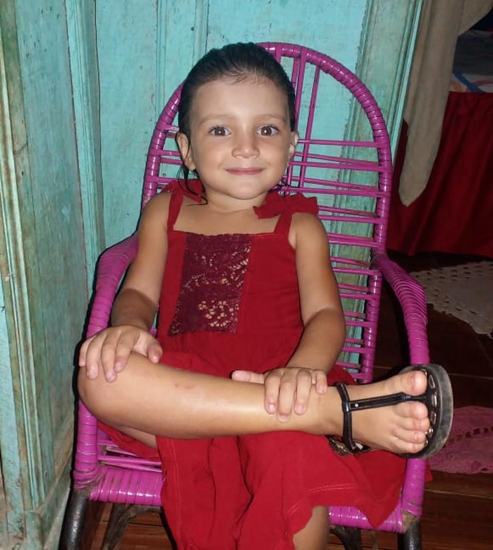Corpo de Emanuelle foi encontrado com sinais de afogamento em Parauapebas — Foto: Reprodução/ Facebook