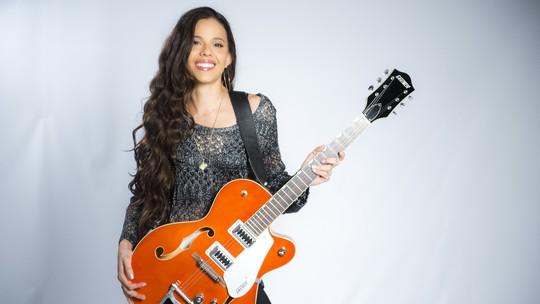 'The Voice Brasil': confira vídeo exclusivo da participante Erica Natuza do time Carlinhos Brown