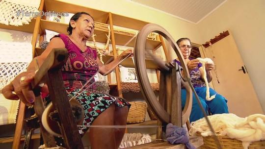 Reveja: Projeto de tecelagem envolve várias comunidades do Noroeste de Minas Gerais