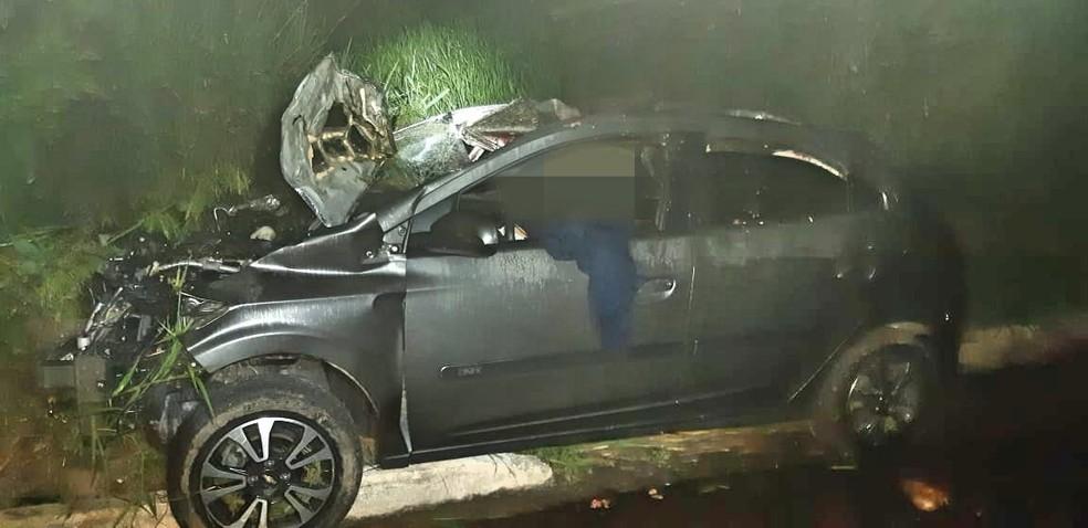 Motorista foi encaminhado ao Hospital da Restauração, no Derby, área central do Recife — Foto: Polícia Rodoviária Federal/Divulgação