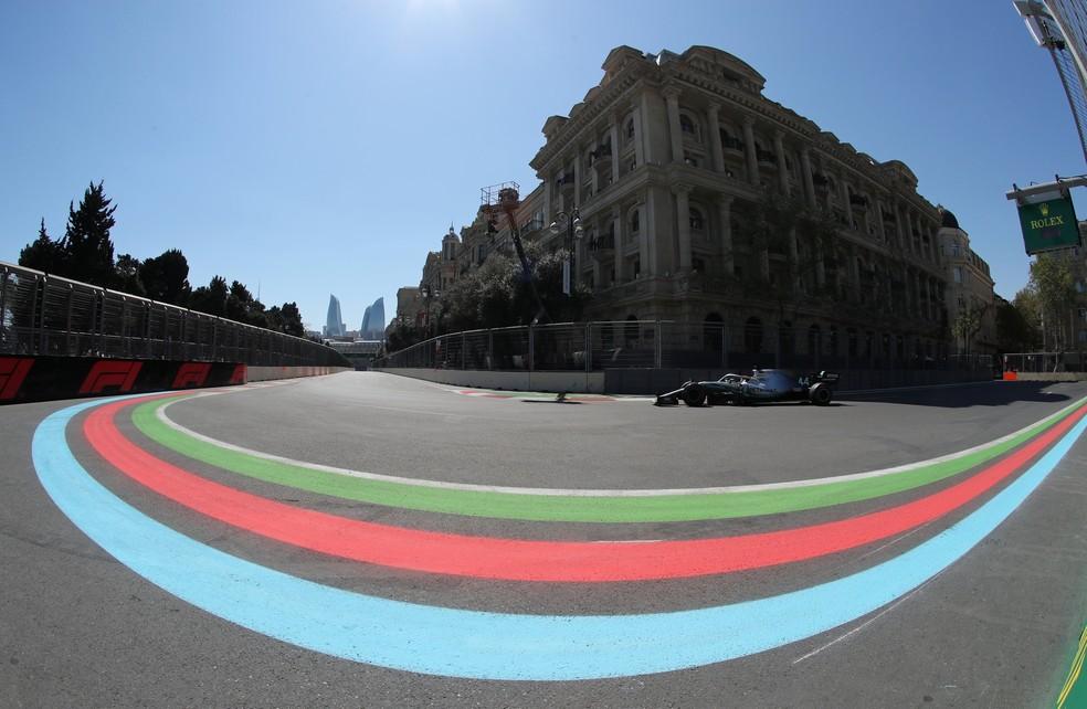 Lewis Hamilton GP Azerbaijão Baku — Foto: Reuters