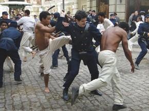 Naquele Tempo...Por que Zé Maria luta com a polícia na Revolta da Vacina? | Naquele tempo | Rede Globo