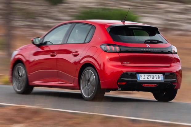O novo 208 terá motor 1.2 turbo para os modelos mais caros (Foto: Divulgação)