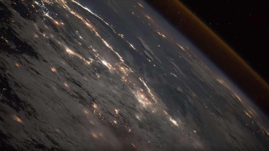 Imagem da saída do foguete Progress MS-10 da Terra (Foto: Divulgação)