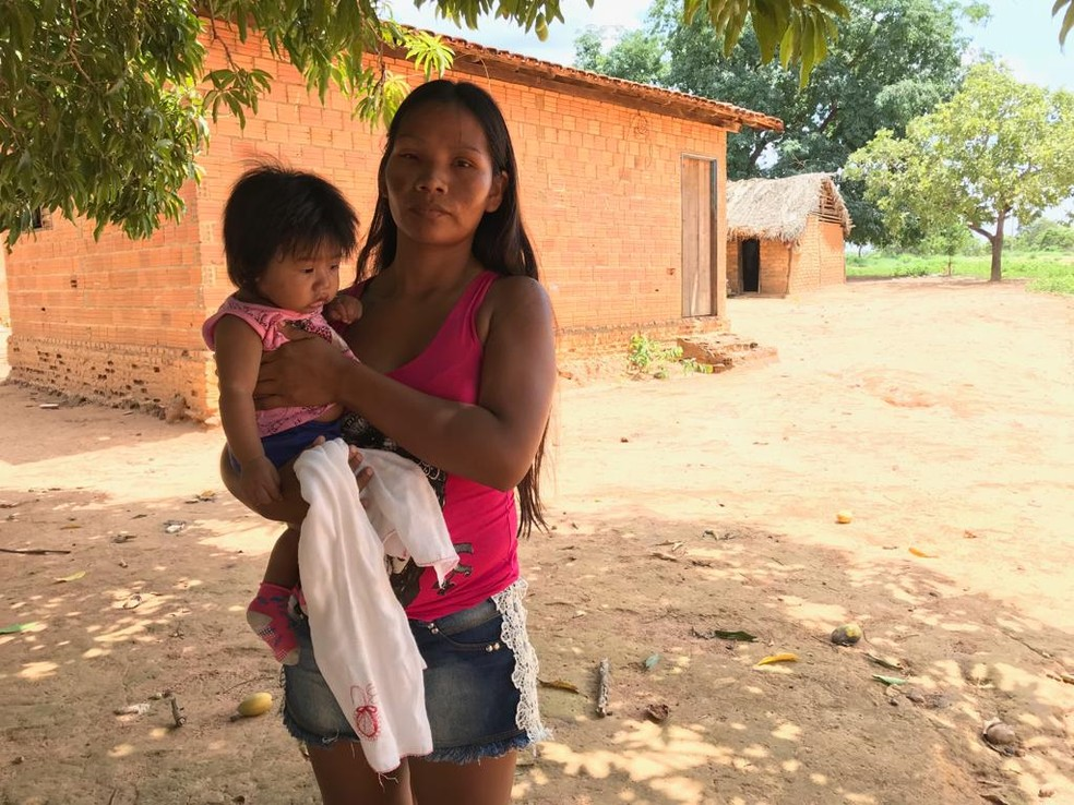 Indígenas são atendidos exclusivamente por profissionais do Mais Médicos — Foto: Cassiano Rolim/TV Anhanguera