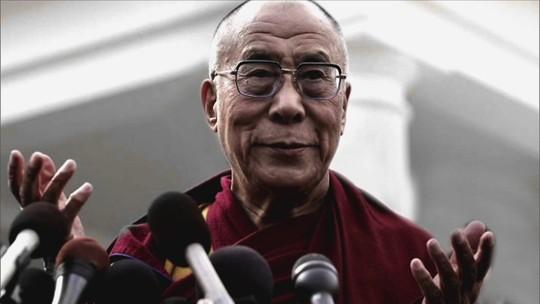 Em entrevista, o Dalai Lama explica qual o caminho da felicidade para a humanidade